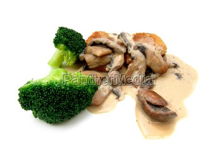 jaegerschnitzelchen mit brokkoli