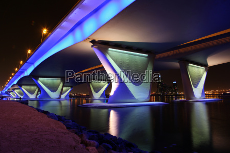 dubai al garhoud bridge