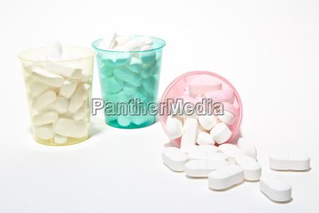 pillen in tassen