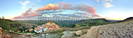 sunset landschaft blick auf die berge