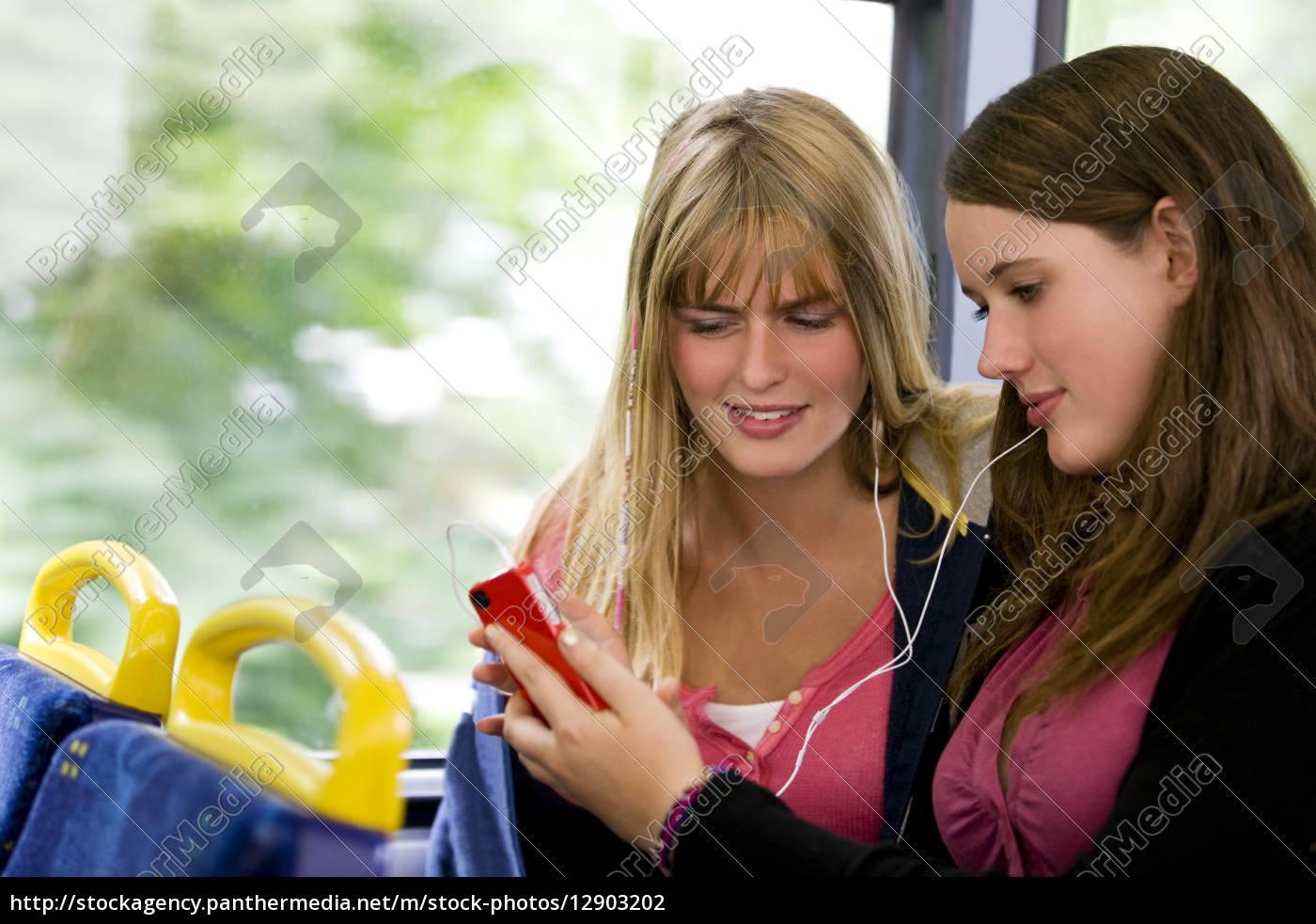 frau, telefon, telephon, lachen, lacht, lachend - 12903202