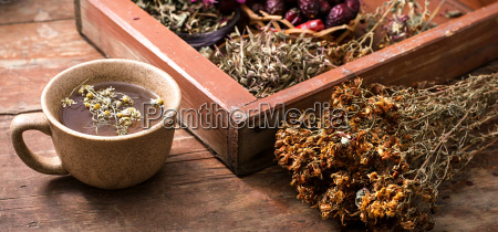 tea brewed with rose hips