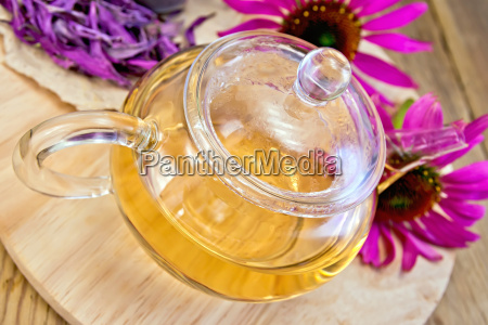 tea from echinacea in glass teapot