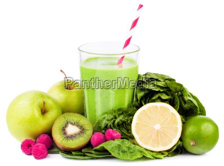 freigestellt gruen gruenes gruener gruene frucht