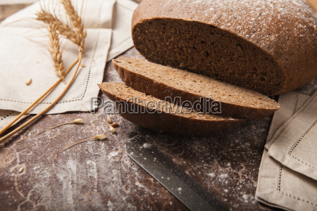 bread rye spikelets on an wooden