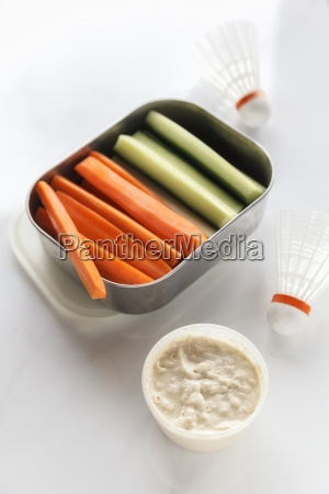 shuttlecox box of cucumber and carrot