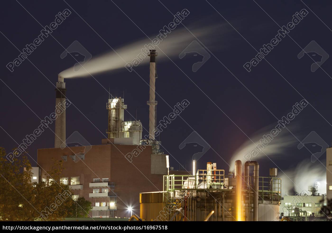 deutschland, leverkusen, chemiepark, chempark, in, der, nacht - 16967518