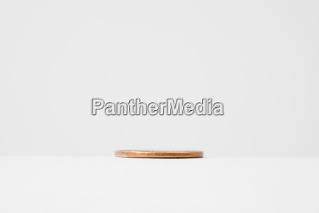 lid against white background