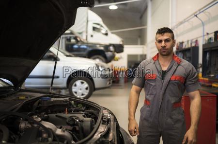 workshop posing mechanic