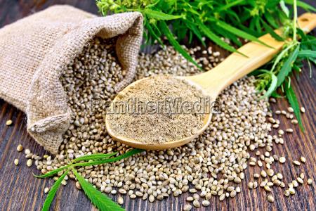 flour hemp in spoon with bag