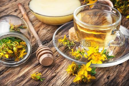 herbal hypericum tea